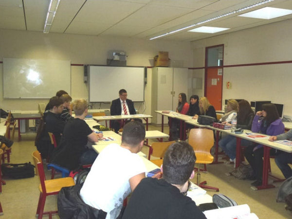 Egbert Neuhaus FGS Schule